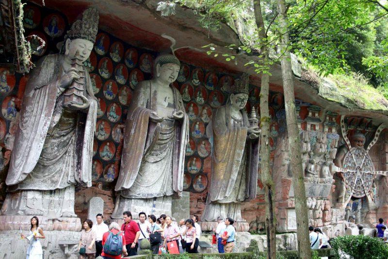 esculturas rupestres Dazu